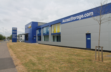 Access Self Storage Reading side
