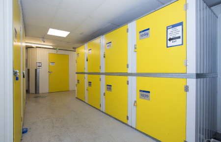 Access Self Storage Basingstoke - lockers