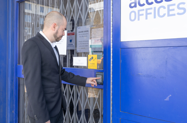 access-offices-battersea-entrance