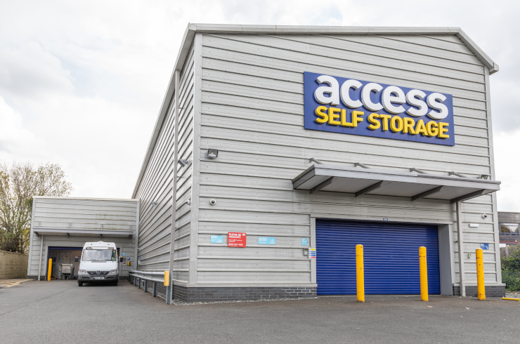 Access Self Storage Cheam - loading bay
