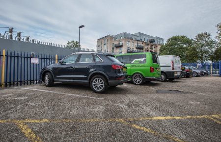 Access Self Storage Ealing - car park