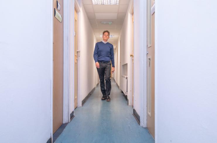 access-offices-heathrow-corridor