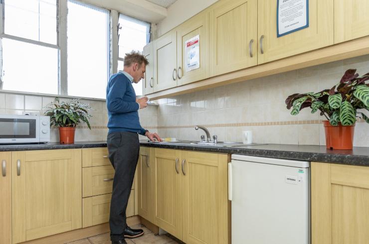 access-offices-heathrow-kitchen