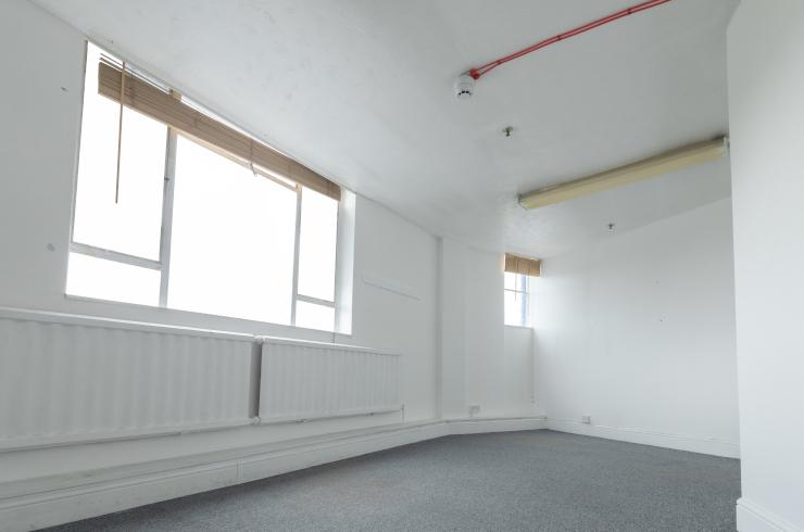 access-offices-heathrow-medium-unit