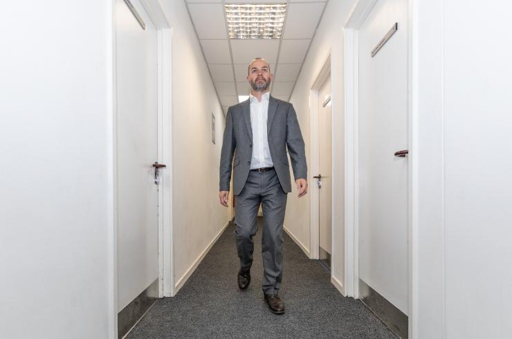 access-offices-twickenham-corridor