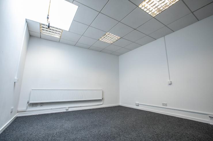 access-offices-twickenham-small-office