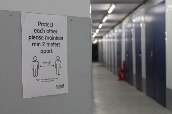 store corridor coronavirus protection