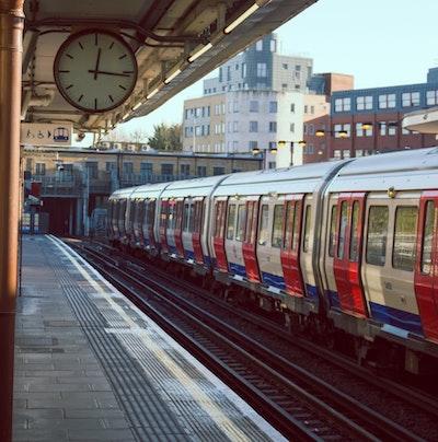 Cheap student travel trains