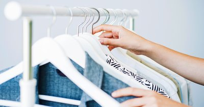 How to store clothes – 8 tips from the experts