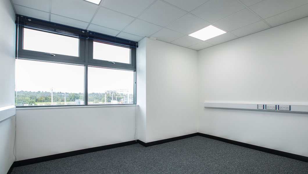 Access Offices in Reading medium office