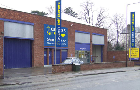 Access self storage location secure storage units in Isleworth